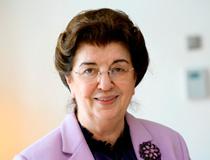 Dr. Lore Maria Peschel-Gutzeit