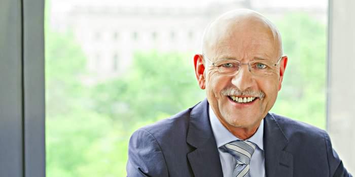 Prof. Dr. rer. pol. Rolf Rosenbrock